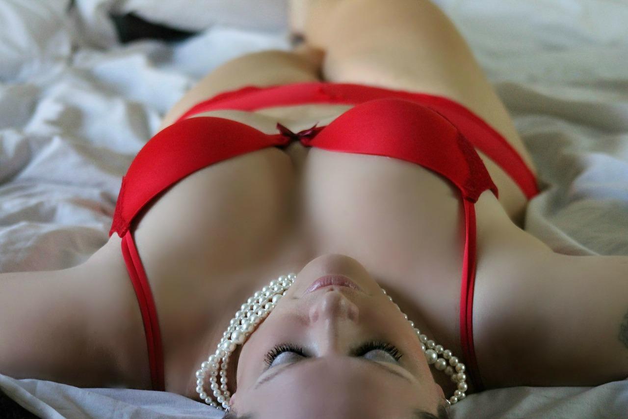 girl-254708_1280 (1)